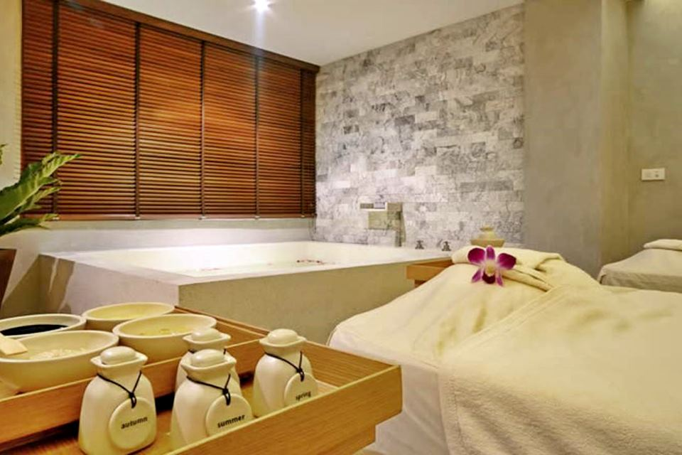 Gói Massage Let's Relax Spa Bangkok